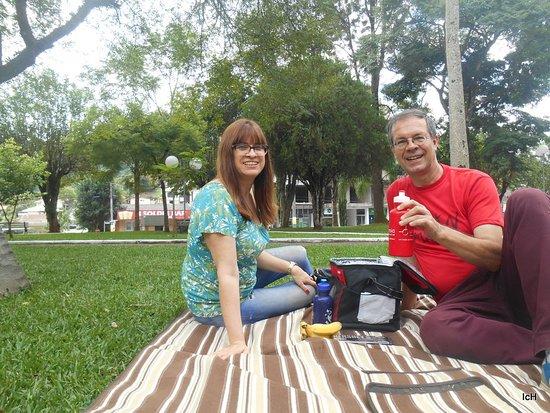 Nova Brescia, RS: Picnic na Praça da Matriz de Nova Bréscia