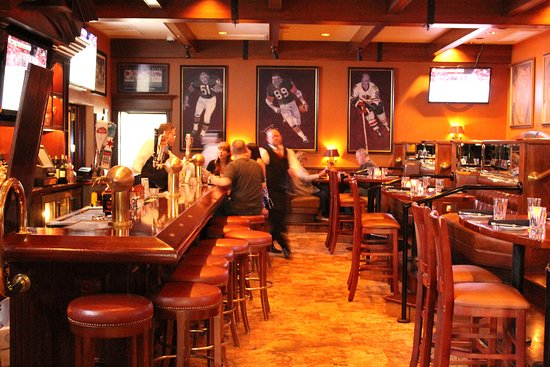 Lower lever bar area - Picture of Ditka\'s Restaurant, Chicago ...
