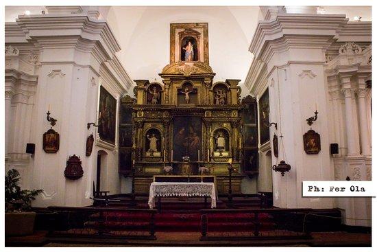 Santa Catalina, Argentina: Interior de la Iglesia. La regla es que no se permiten las fotos, pero el guía hace una excepció