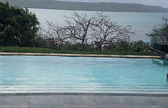 Falmouth, Antigua: 20180503_075215_large.jpg