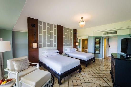 Hilton Phuket Arcadia Resort & Spa: Guest room