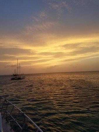 Aruba Sunset Cocktail Cruise ภาพ