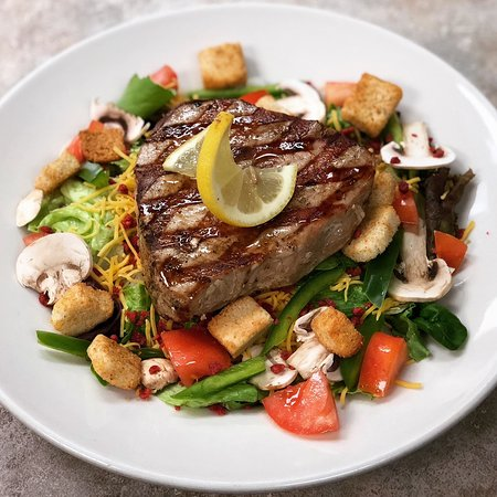 Chalmette, LA: Yellowfin Tuna salad