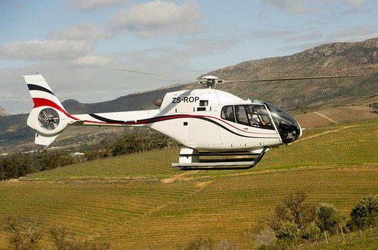 Recorrido en helicóptero privado por...