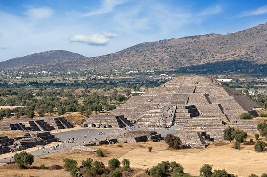 Teotihuacan Pyramids Private Day Trip...