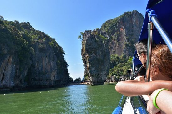 Full-Day Tour to Phang Nga Bay Including James Bond Island and Hong...