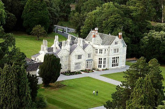 4-Day Small-Group Irish Castles and...