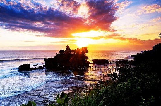 Private Tour: Half Day Tanah Lot ...