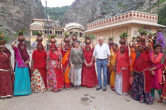 10 Days Rajasthan Agra & Varanasi Art...