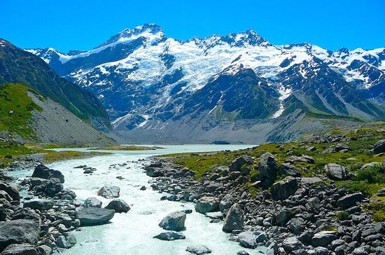 Mount Cook Private Day Tour via Lake ...