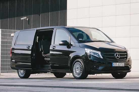 Private Arrival or Departure Transfer: Edinburgh Airport to City...