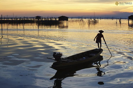 Hors des sentiers battus au Myanmar (17 jours) : Off the Beaten Track Tour in Myanmar (17-Days)