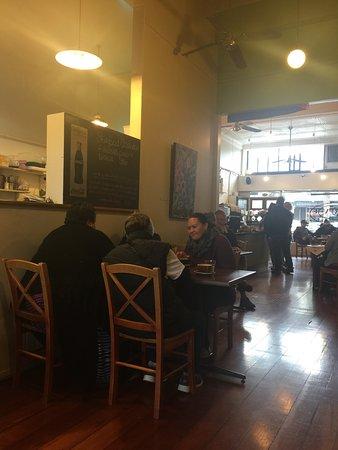 Zest Cafe: Sunday breakfast