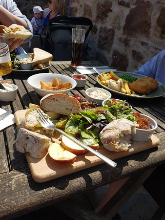 Kingsand, UK: Lunch!