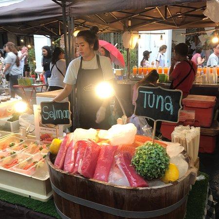 Sunday Walking Street Market (Lard Yai) - Изображение Воскресный рынок на пешеходной  улице (Lard Yai), Пхукет - Tripadvisor