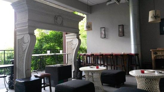 Cantello, Italy: La Madonnina_vecchio bar esterno_1