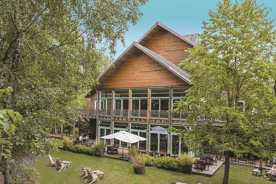 Hotel des trois hiboux plailly voir les tarifs 824 avis et 541 photos tripadvisor - Chambre d hotes parc asterix ...