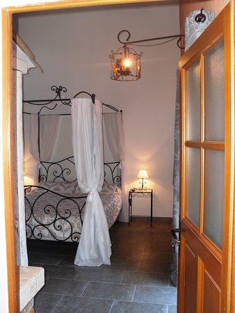 St Julien les Rosiers, France: chambre Pomme d'Amour