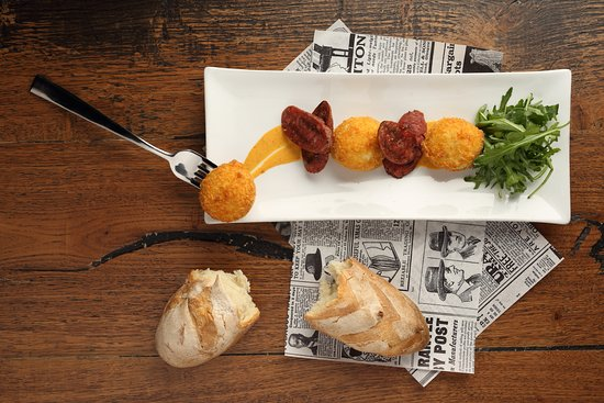 Chapter Restaurant: potato fritters with sausage