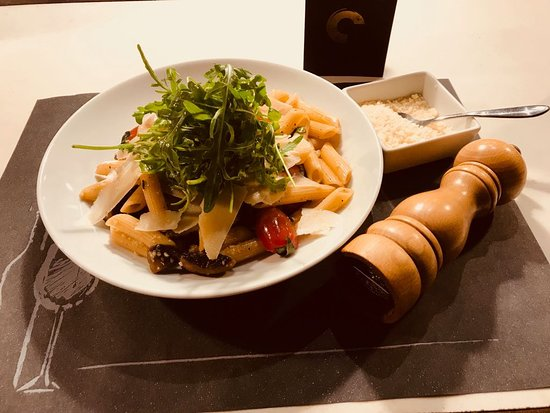 Chapter Restaurant: penne with vegetables