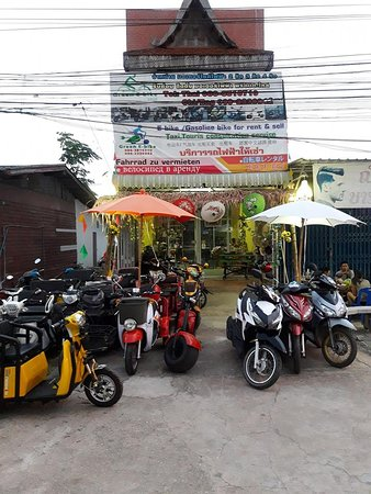 Sukhothai Province, Thái Lan: we are locate in old city Sukhothai.we doing electric and gasoline bike rental servie