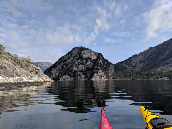 Jorpeland, Norway: Beautiful water in the Lysefjorden