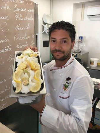 Lavinio Lido di Enea, Italien: Il nostro affiliato gelataio