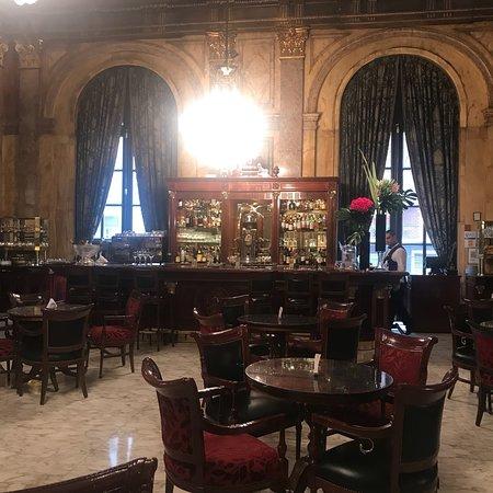 阿尔韦阿尔皇宫酒店照片