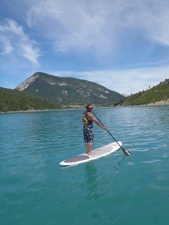 Saint Andre Les Alpes, Frankrike: Stand Up Paddle sur le lac de Castillon