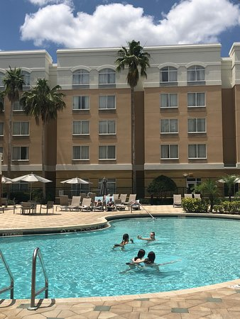 SpringHill Suites by Marriott Orlando Lake Buena Vista in Marriott Village: Pool area