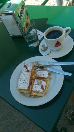 Paco de Arcos, Portekiz: Вкусно, уютно и заботливо)