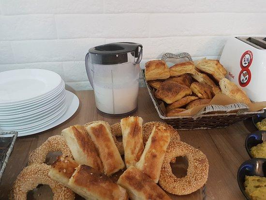 Shtip, สาธารณรัฐมาซิโดเนีย: Breakfast: fresh