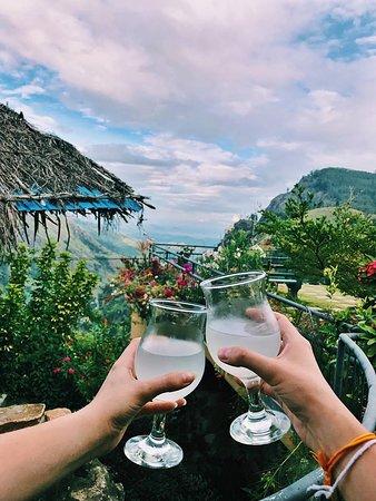 Lanka holidays: Sri Lankan views
