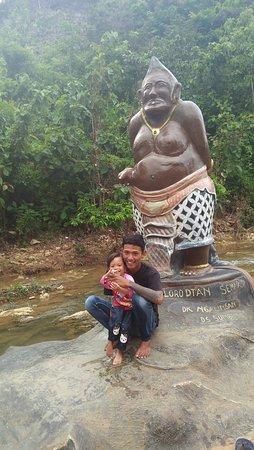 Pati, Indonesien: Wisata murah meriah tapi cukup bikin anak sama istri bahagia,ojo lali do mampir yo😂😂😂