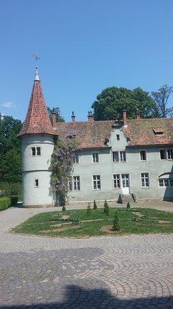 Karpaty, Ukraina: Замок снаружи