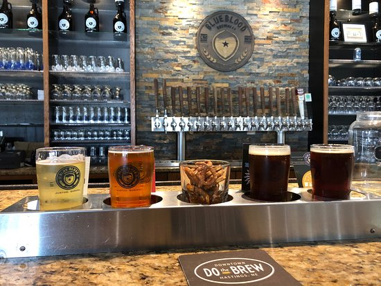 Sampler - Picture of Blue Blood Brewing Company, Lincoln
