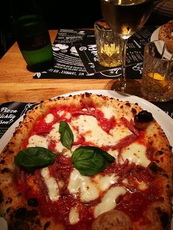 lammbock pizzabar hinterhofgarten n rnberg restaurant bewertungen telefonnummer fotos. Black Bedroom Furniture Sets. Home Design Ideas
