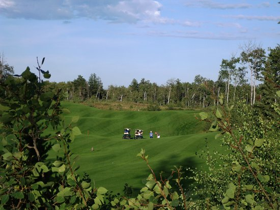 Nipawin, Canada: rolling terrain on #6 fairway