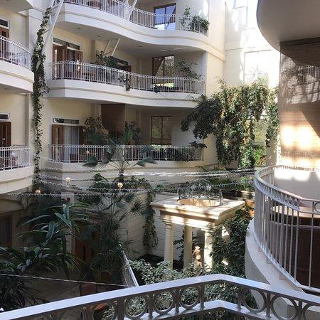 Sefton Hotel: photo2.jpg