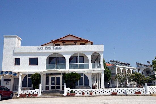 Fanari, กรีซ: Η είσοδος του ξενοδοχείου