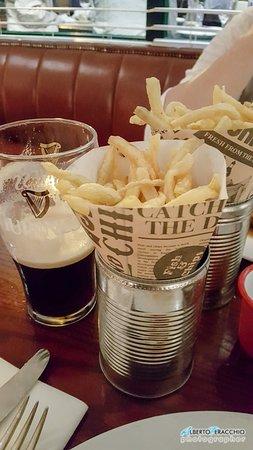 Ballymore Eustace, Ireland: Le patatine presentate originalmente