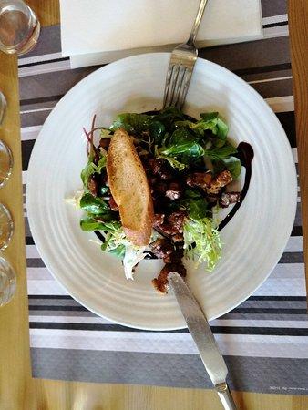 Restaurant La Guizarderie: Un endroit vraiment chouette, c'est beau, calme, très bon et accueillant.
