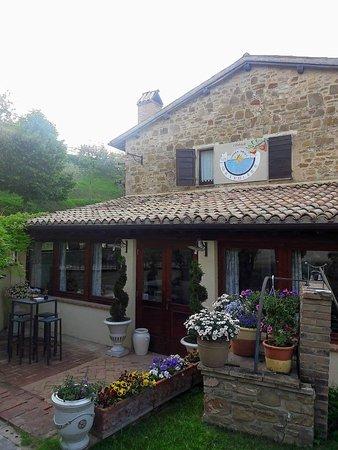 Cantalupo, Италия: IMG-20180508-WA0015_large.jpg