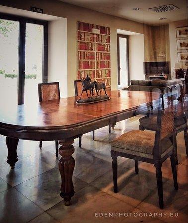Marcilla, Spanien: Salón de lectura, apto para reuniones
