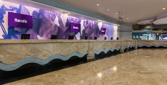 Harrah's Las Vegas Hotel & Casino: Hotel Lobby