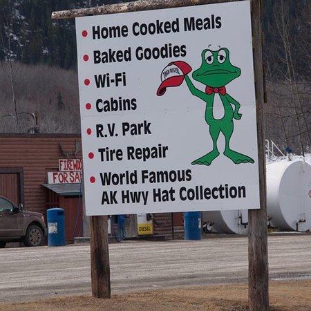 Toad River, Kanada: photo0.jpg