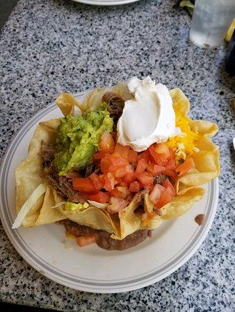 El Monte, CA: Taco salads