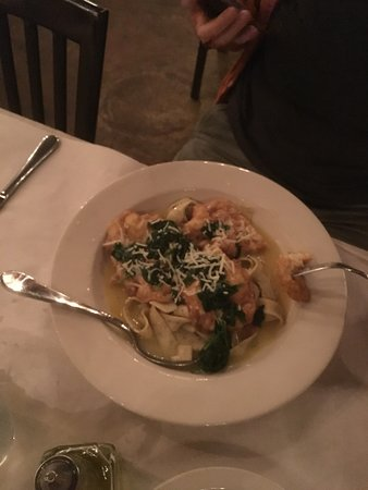East Rochester, นิวยอร์ก: Shrimp French Papardelle
