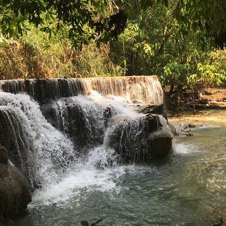 Kuang Si Falls: photo4.jpg