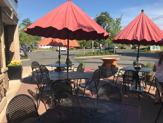Princeton Junction, NJ: Outdoor Seating